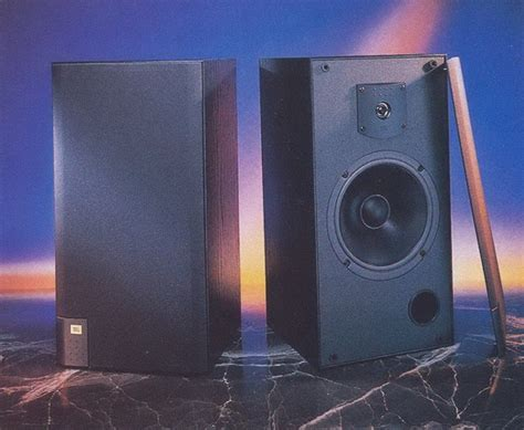 jbl j820m bookshelf speakers review test price