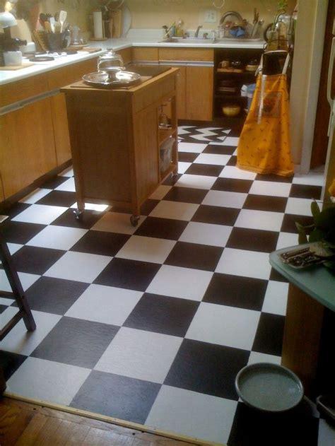 How To Paint Vinyl Floors by Diy Room Decor How To Paint Vinyl Floor Tiles
