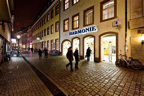 foyer kino die kinos harmonie friedrichsbau und kandelhof in freiburg