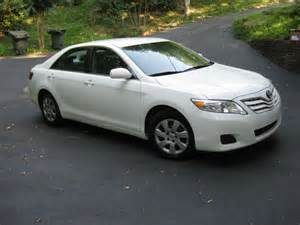 2010 Toyota Camry Le 2010 Toyota Camry Pictures Cargurus