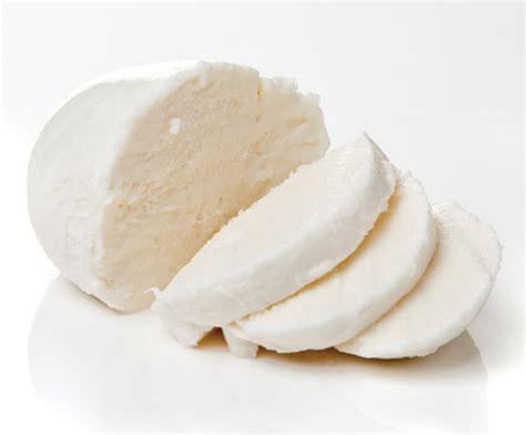 Leo Mozarella Cheese cheese mozzarella x2kg jackie leonard sons ltd