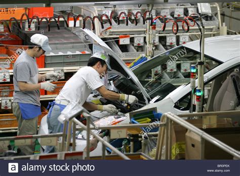 toyota product line the toyota tsutsumi car production line factory near