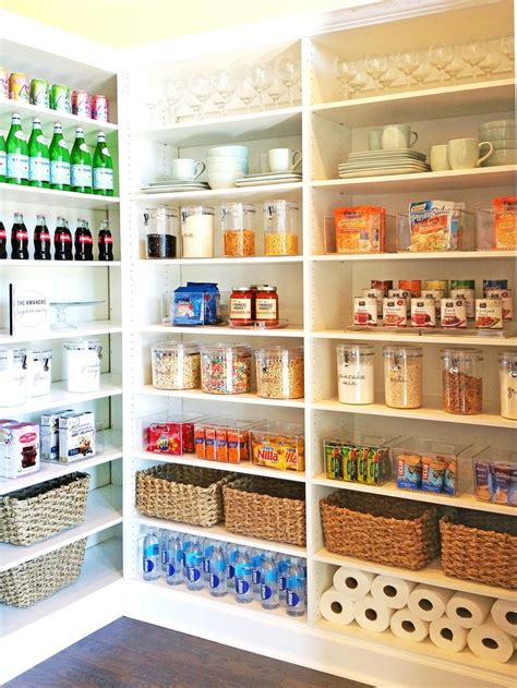 ideas for organizing kitchen pantry best 25 organized pantry ideas on pantry