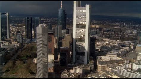 deutsche bank frankfurt am skyscraper frankfurt am germany hd stock
