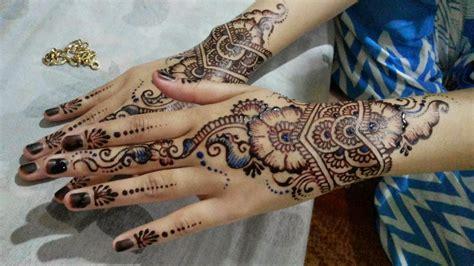 tato henna di tangan simple contoh logo henna makedes