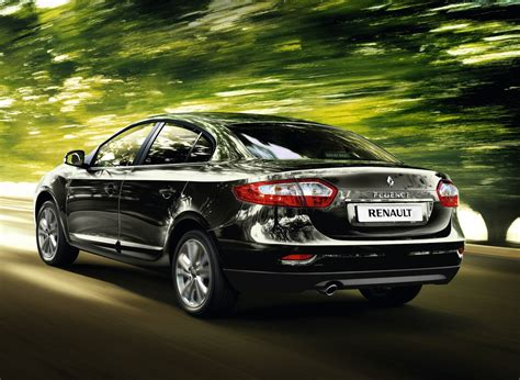 renault sedan fluence renault fluence small sedan gets first facelift photos