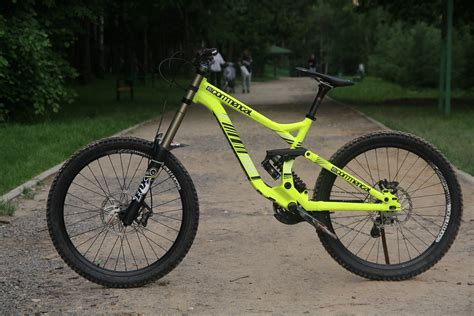 commencal supreme dh v3 commencal supreme dh v3 2013 denis smirnov 5832 s bike