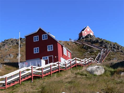 File Greenland Houses Jpg Wikimedia Commons
