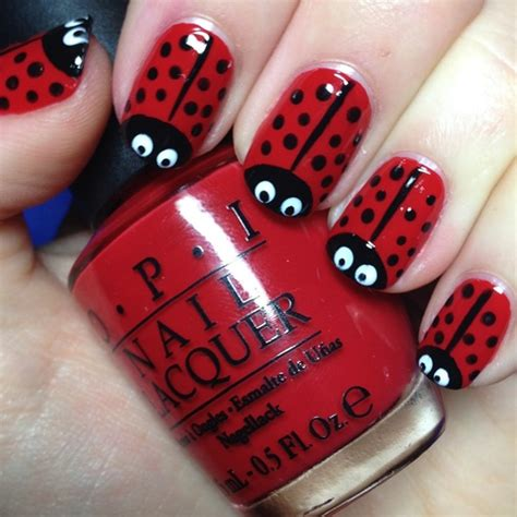 Dark Line On Fingernail by 40 Classic Red Nail Art Designs