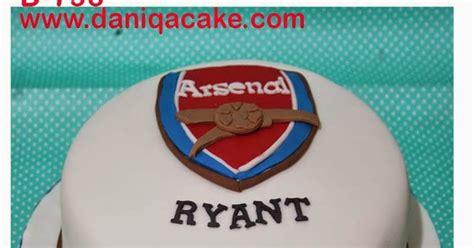 Bola Sepak Proteam Ukuran 4 Best Seller daniqa cake and snack kue ulang tahun logo sepak bola