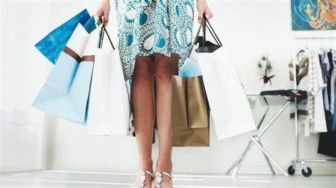 Fashion Advice Help For A Shopaholic by Are You A Shopping Addict From Shopping To Saving
