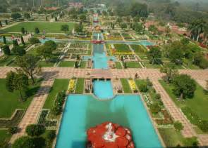 mughal gardens in rashtrapati bhavan delhi the
