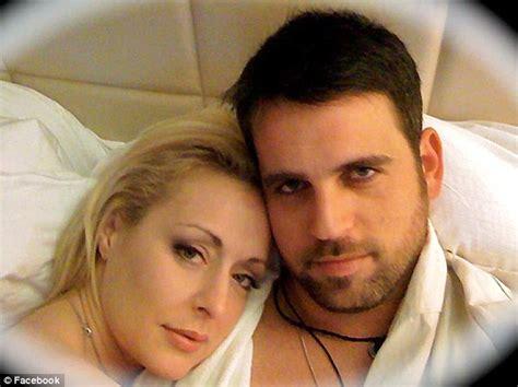 celebrity rehab cast list mindy mccready dr drew under fire after fifth celebrity