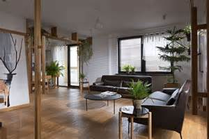 Home Design For Small Spaces by Apartment Jazzed Up With Plants For Air Purification
