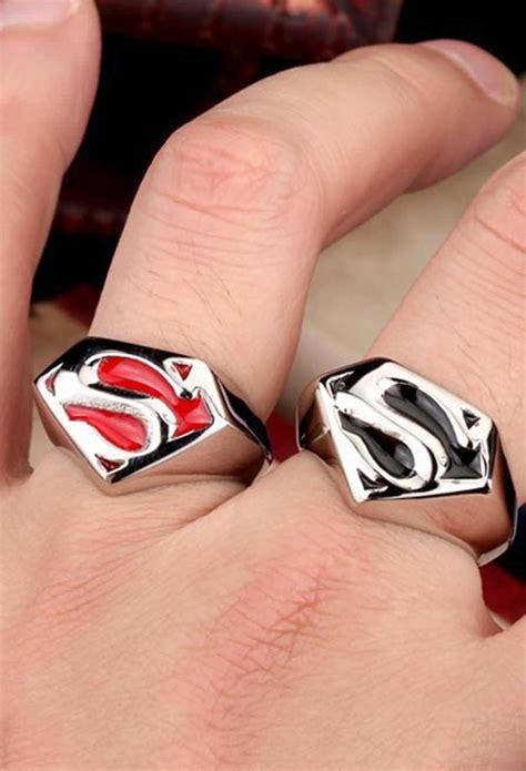 Cincin Superman Black Size Grosiran stainless steel classic superman ring vamers store