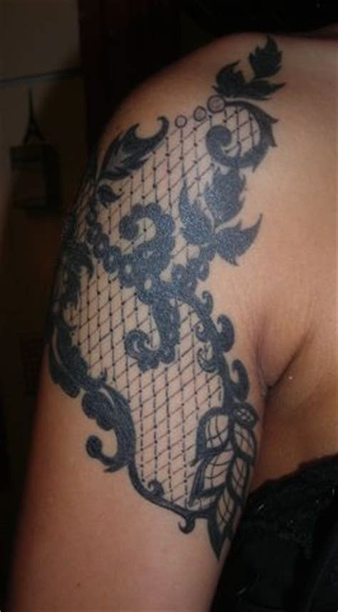lace quarter sleeve tattoo front side of black lace quarter sleeve tattoo tattoos