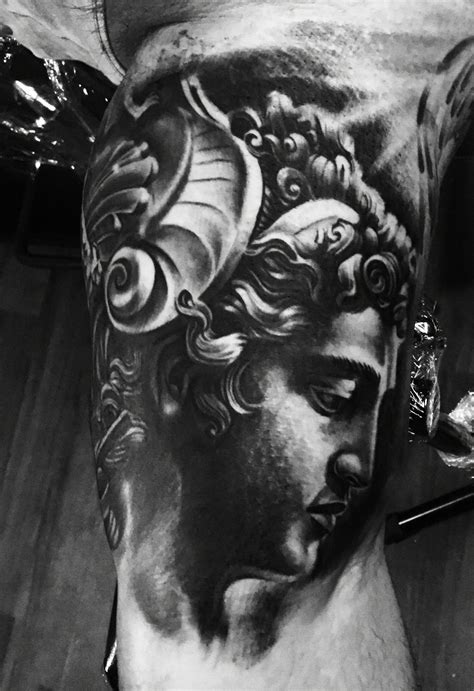 perseus tattoo perseus vince villalvazo tattoos