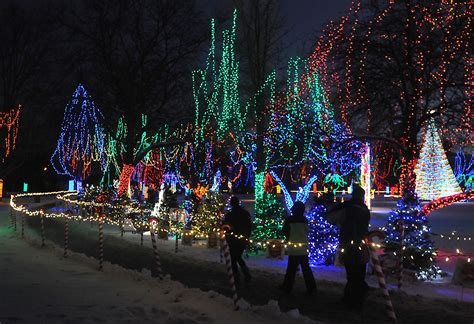 top reasons to visit kiwanis holiday lights visit mankato