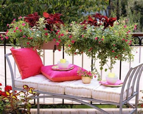 idee balconi fioriti idee per un balcone fiorito