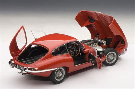 Jaguar E Autoart by Autoart Scale 1 18 Jaguar E Type Series 1 3 8 Coupe