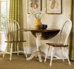 Round Dining Room Chairs by Round Dining Room Set W Windsor Back Chairs