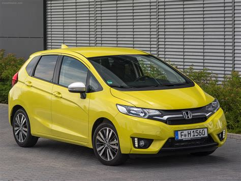 honda jazz 2016 honda jazz 2016 car photo 23 of 104 diesel station