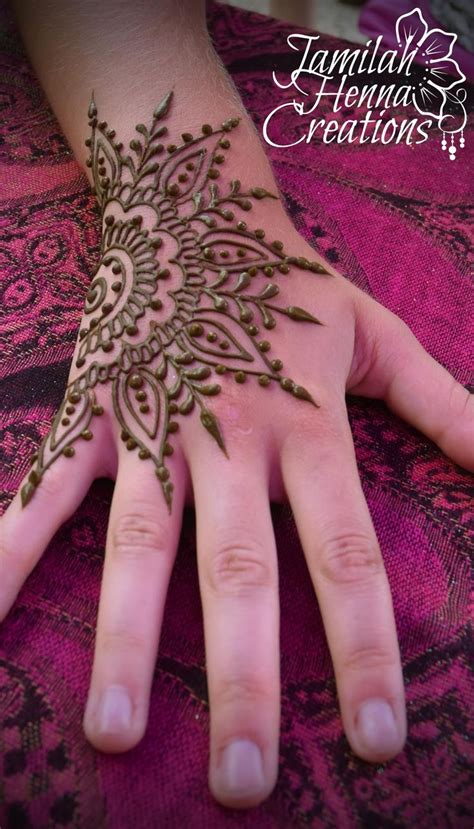henna star tattoos best 25 henna mandala ideas on mandala design