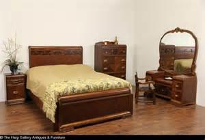 Art Deco Bedroom Set sold art deco waterfall 5 pc queen size 1940 vintage bedroom set