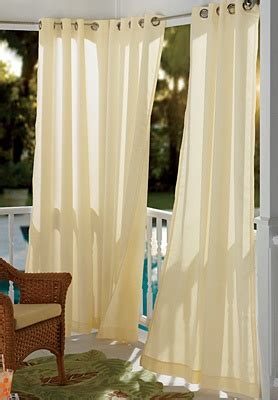 outdoor white curtains 25 best ideas about outdoor drapes on pinterest patio