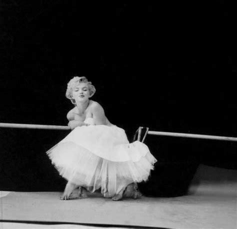 marilyn monroe the ballerina sitting 1954 marilyn ballerina sitting photo by milton greene 1954