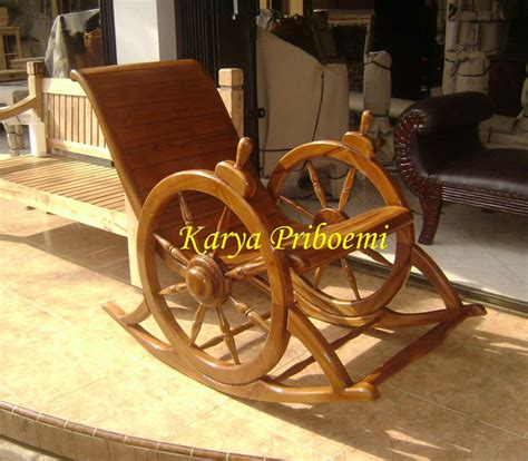Kursi Goyang Roda 1 kursi goyang roda