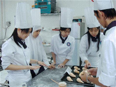 koleksi foto foto slide orang sedang memasak