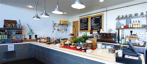 cafe  shed