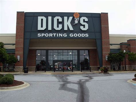 s sporting goods store in opelika al 702