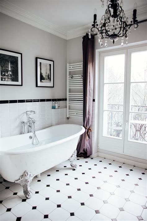 parisian bathrooms the most beautiful bathtub overlooking the eiffel tower the viennese girl paris