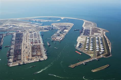 of rotterdam container transfers between different maasvlakte terminals