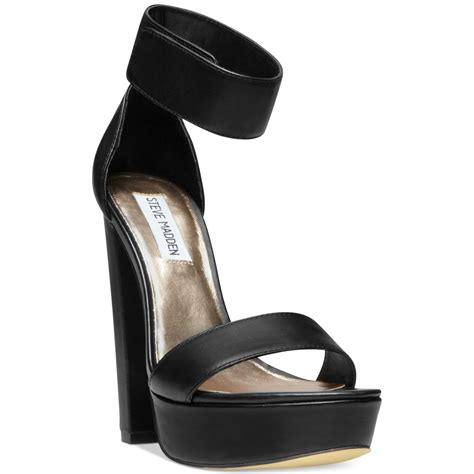 steve madden platform sandals lyst steve madden cluber two platform sandals in black