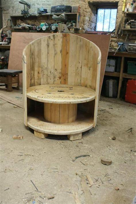 diy rustic furniture projects 7 diy rustic wood furniture projects diy recycled