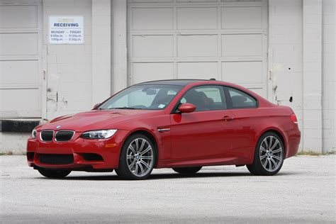 bmw  coupe  sedan  car reviews grassroots