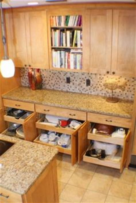 Lower Kitchen Cabinets Drawers by 1000 Images About For The Kitchen On Pantry