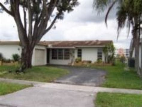 houses for rent in sunrise fl house for rent in sunrise fl 1 100 3 br 2 bath 7225
