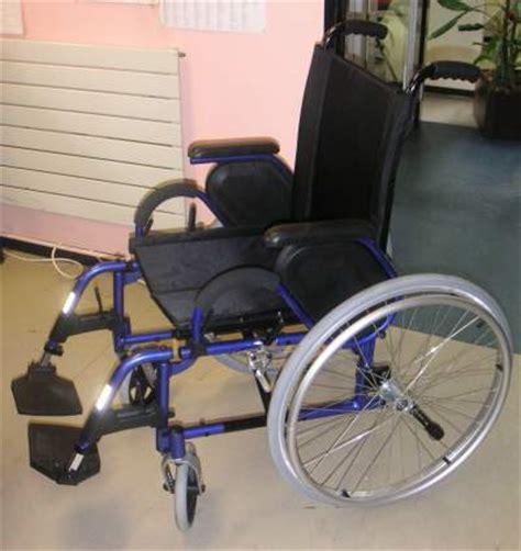 garde robe pluriel le fauteuil roulant manuel l 233 ger alto