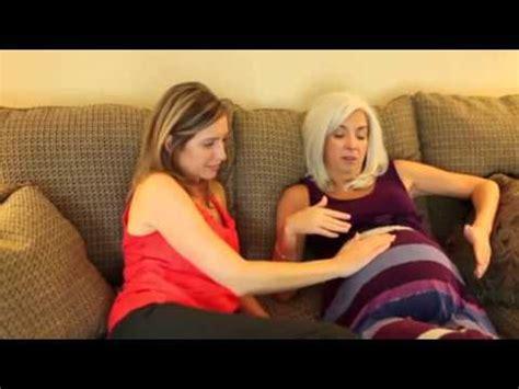 madre abrazando a su hijo madre de 50 embarazada pero su hijo es de su hija youtube