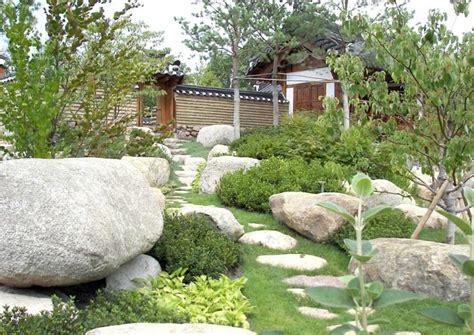 Garten Gestalten Findlinge by Mit Findlingen Im Garten Gestalten