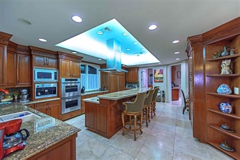 mike tyson buys henderson home for 2 5 million photos