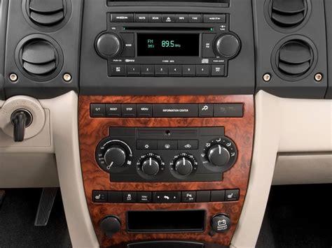 image 2010 jeep commander rwd 4 door limited instrument panel size 1024 x 768 type gif