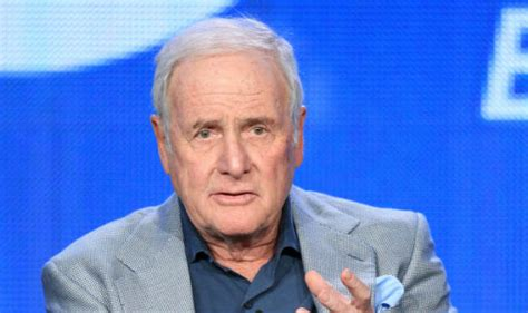 George Clooney Mourns His Dead Pig by George Clooney Brad Pitt Mourn Producer Jerry Weintraub S