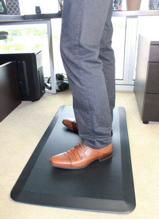 anti fatigue mat standing desk 8 best anti fatigue mats for kitchen or office in 2016