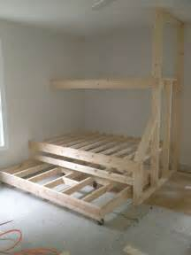 Built In Cabin Beds by Best 25 Bunk Bed Plans Ideas On Loft Bunk