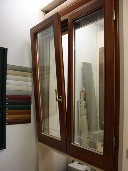 prezzo porta finestra pvc finestre pvc prezzi